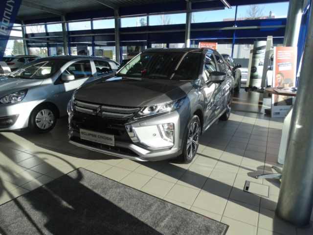 Mitsubishi Eclipse Cross*TOP*Navi*Kamera*18&quot|Alu*Leder*Bt