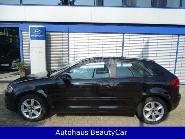 Audi A3 1.6 TDI Attraction*SHZ*ALU*TEMP*EPH*KLIMAAUTO